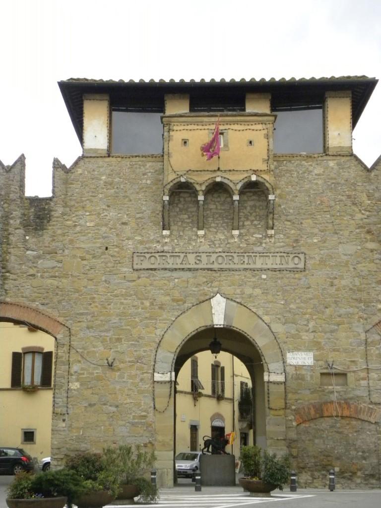 Visitare Arezzo in un giorno - Porta San Lorentino
