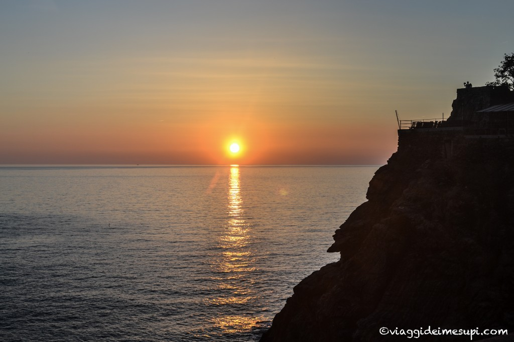 Where to stay near Cinque Terre, sunset in Monterosso