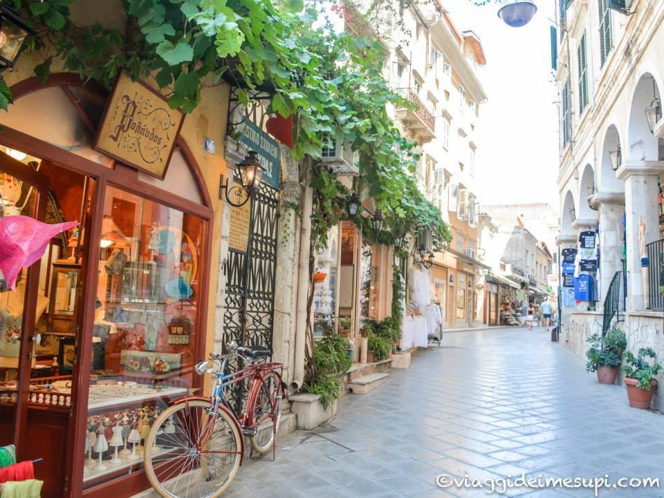 Visitare la Città Vecchia di Corfù