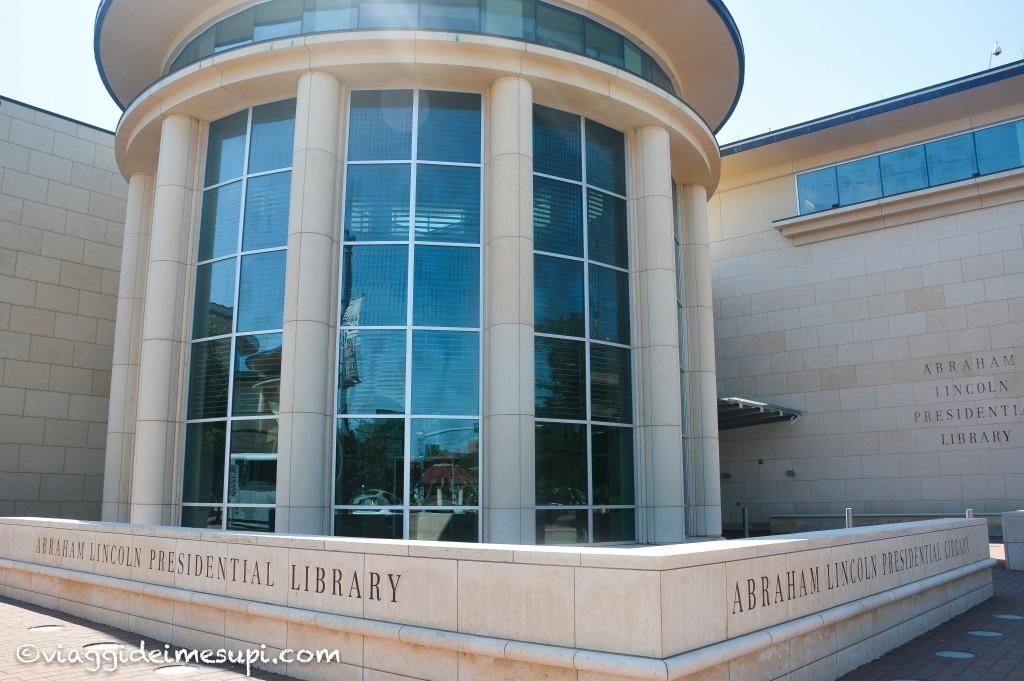 itinerario in moto sulla Route 66, Abraham Lincoln Presidential Library