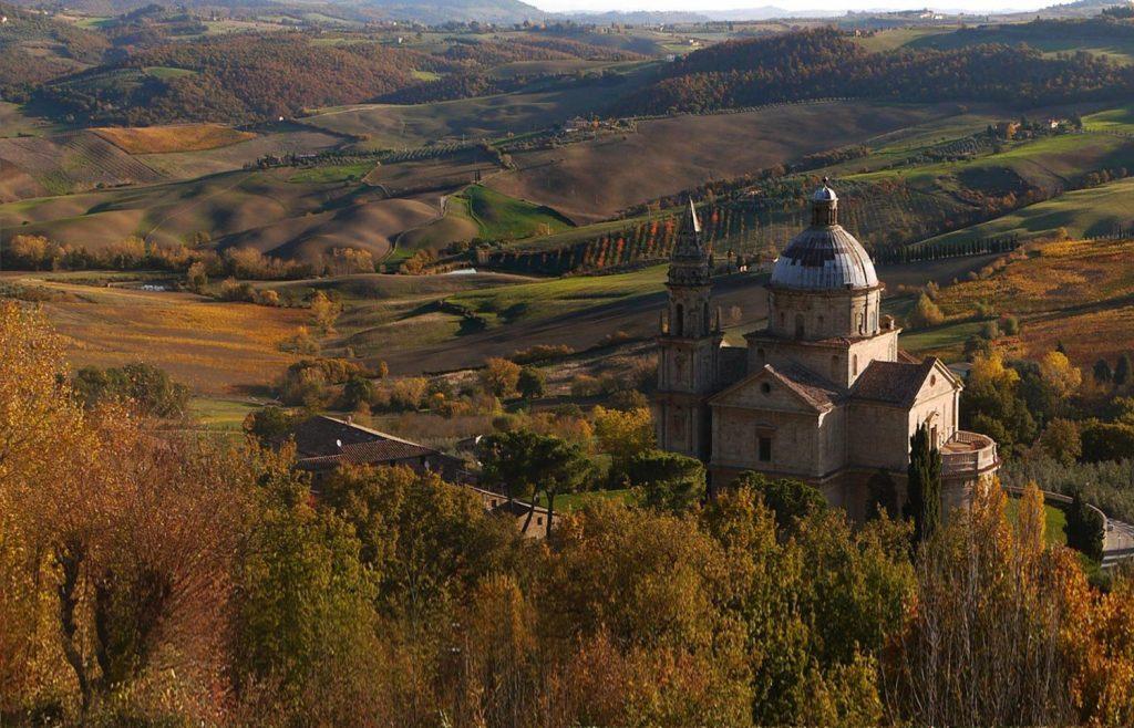 Itinerario del vino in Val d'Orcia, chiesa San Biagio