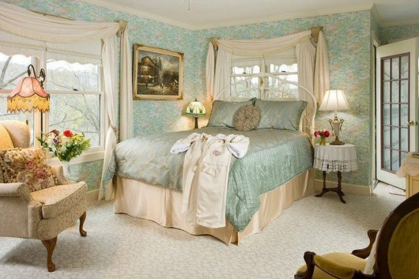 L'Arsenic and Old Lace b&b di Eureka Springs, tra i soggiorni più romantici degli USA